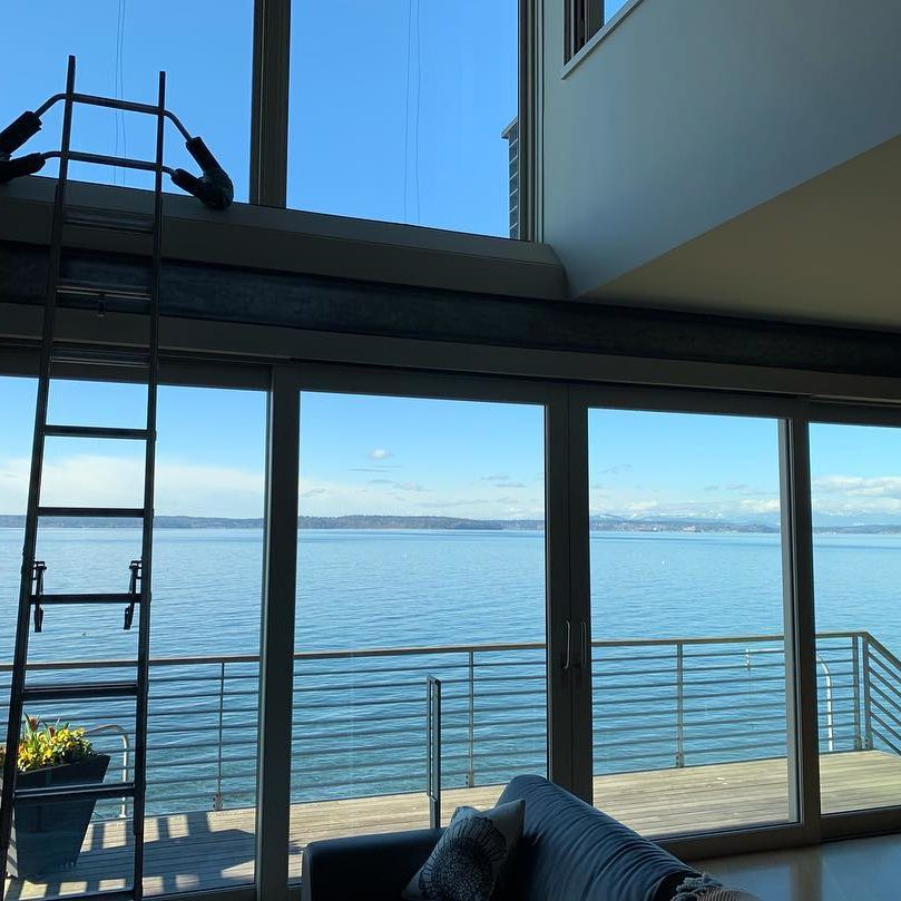 Window cleaning with a view